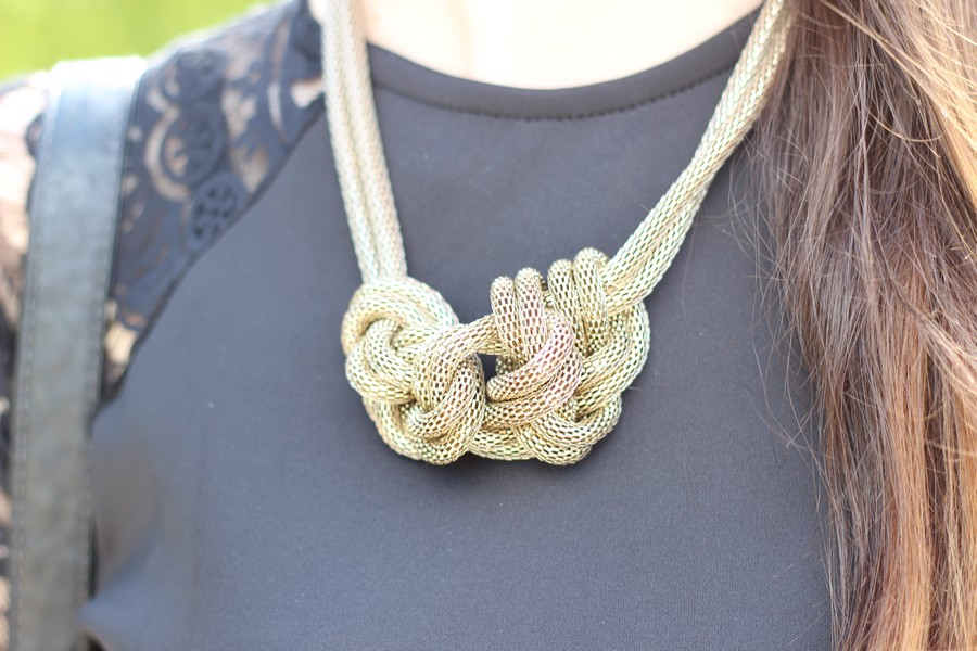 collier noeud