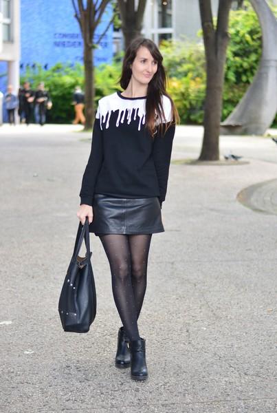 Chaussure avec jupe en cuir - Tenue avec jupe en cuir ...