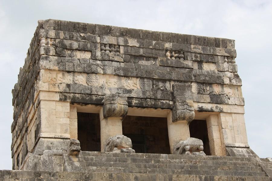 chichen itza temple