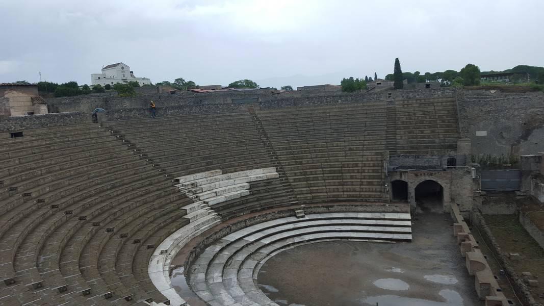 theatre pompei