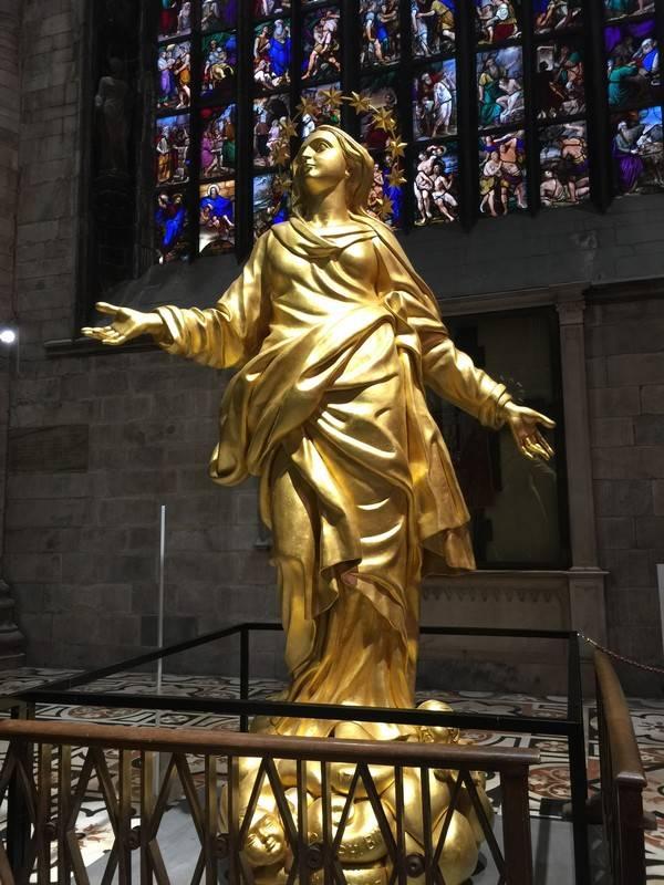statue duomo