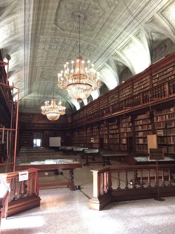 bibliotheque milan