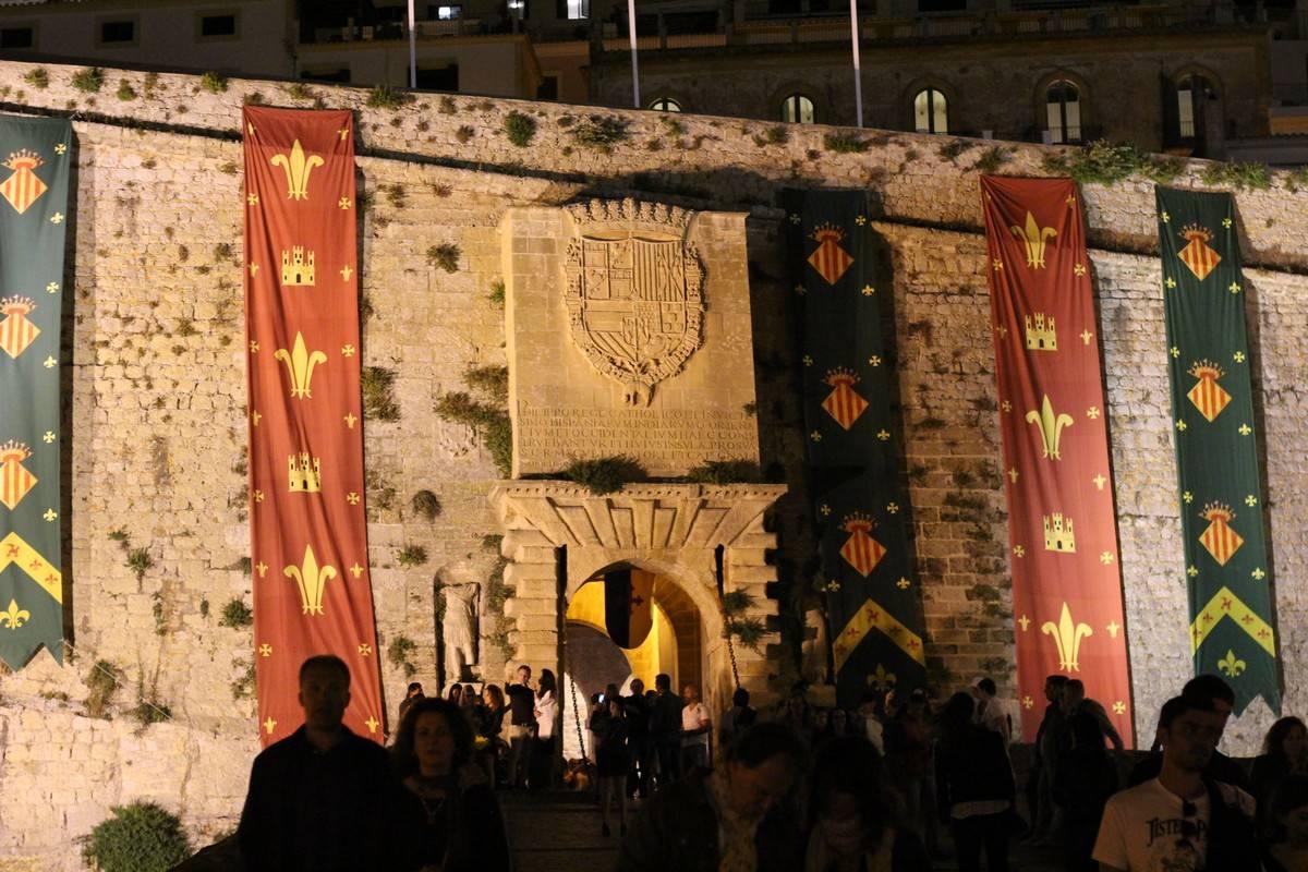 fête médiévale à ibiza